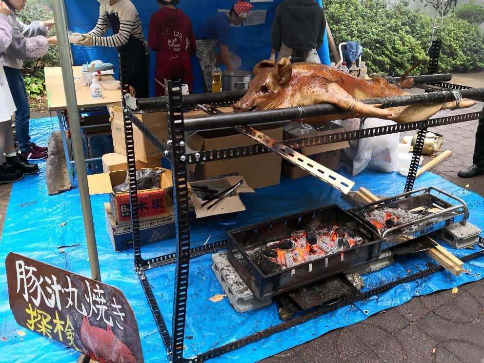 ブタの丸焼